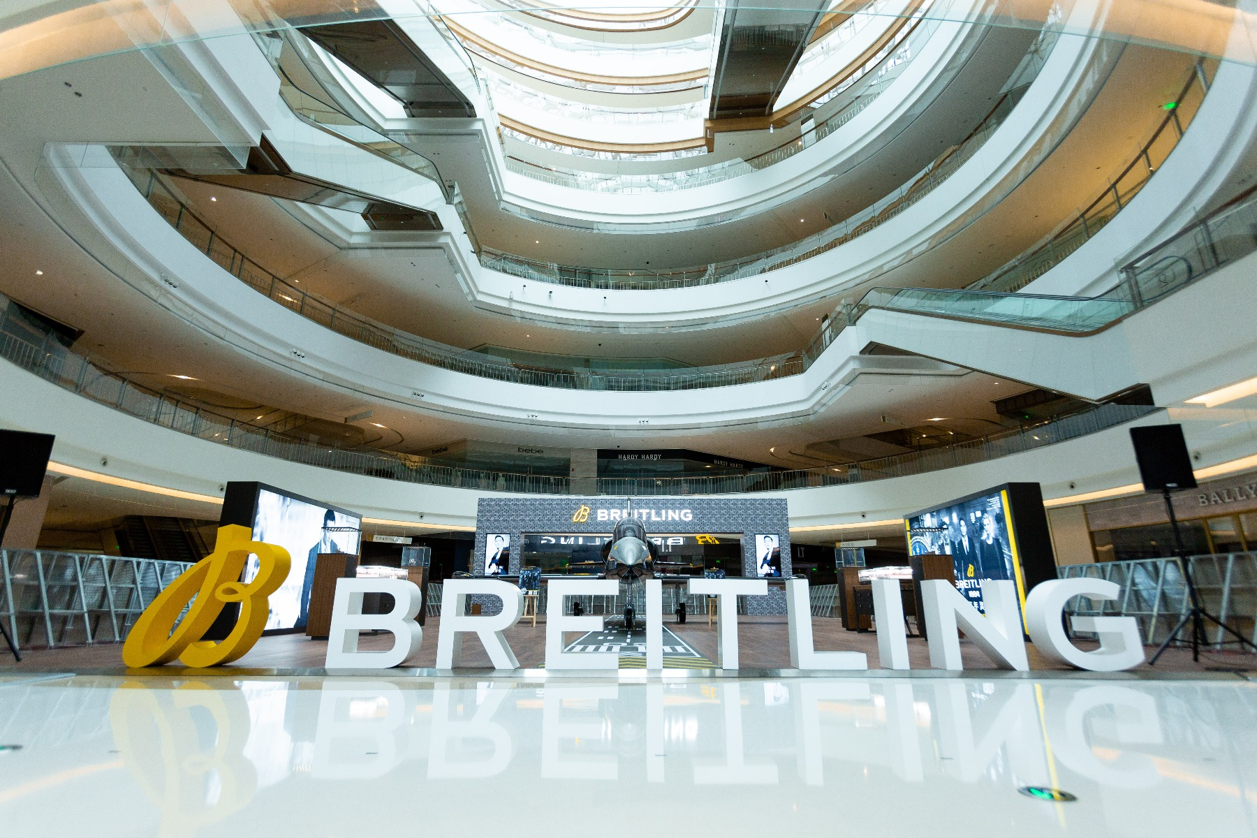 https://static.breitling.cn/media/111/__1.jpg