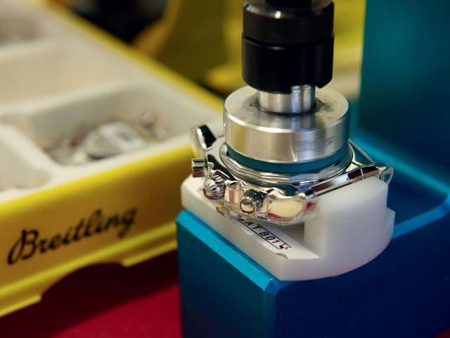 Breitling - 组装